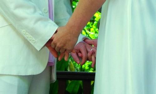 出会った当日に結婚?!  科学的データで選ばれた男女が「本当の愛を築けるか」を検証する番組が英国で話題