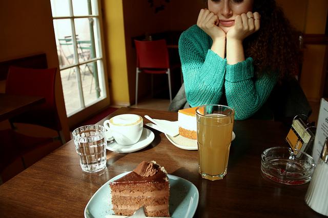 食べ物とセックスどちらが幸福度が高い? 愛の国フランスの調査で意外な結果が明らかに