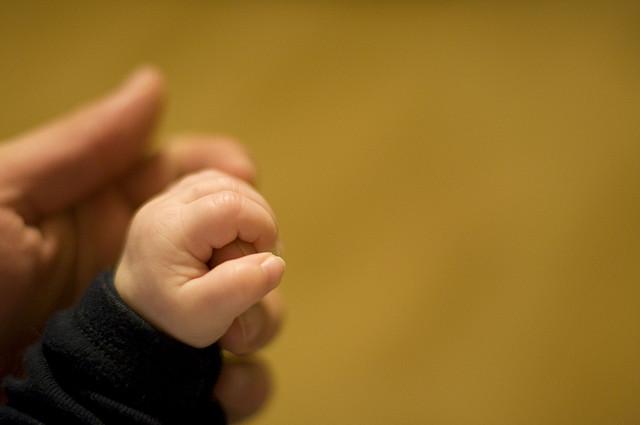 10人に1人の父親が産後うつ状態「ベビーブルー」に! 子供の教育にも悪影響