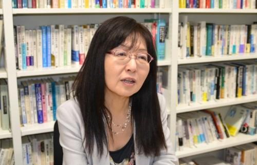 青学・須田敏子教授