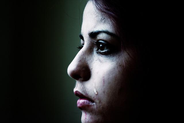 胸を焼いてレイプ防止、女性器切除…… 男女格差から起こる世界の「女性に対する暴力」事情