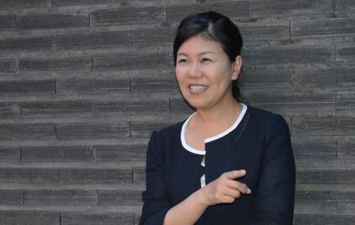作家・有川真由美さんが考える幸せな女性