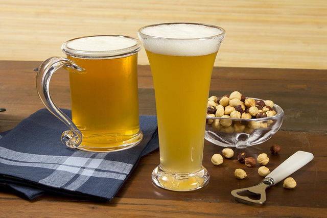 飲酒と○○の組み合わせは危険! 飲み会後の長風呂は脳梗塞や死に至る可能性も