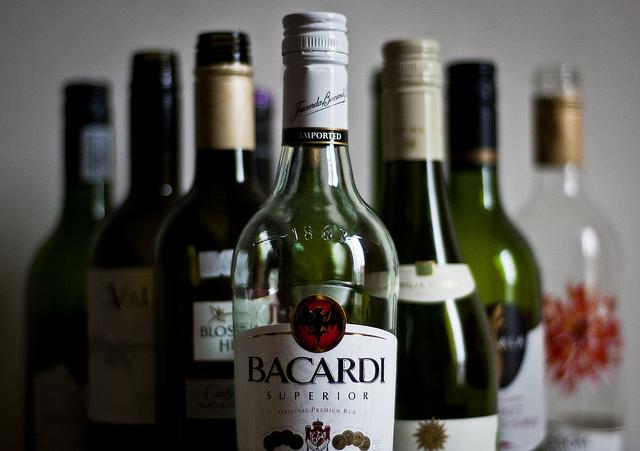 「泥酔する女性がいなくならないと、レイプの有罪宣告率は上がらない」 元裁判官の発言が英国で論争に