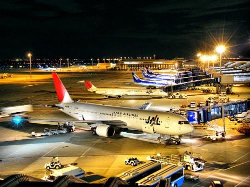 航空会社のマイルを早く貯める4つのコツ