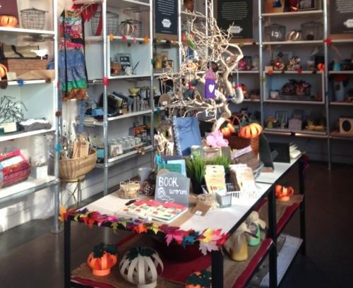 LAの女性ホームレスが作る可愛い雑貨屋