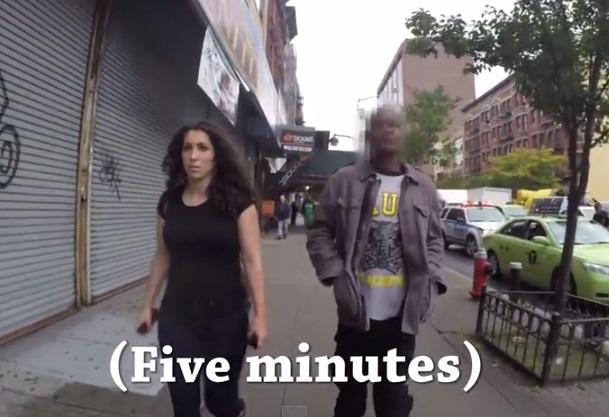 """これが「路上ハラスメント」の実態! 女性がひとりで街を歩くときの""""恐怖""""が分かる動画が話題"""