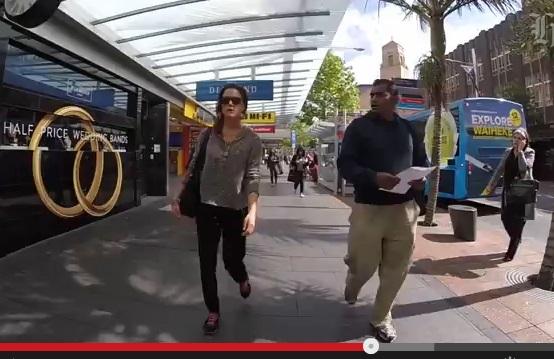 「路上ハラスメント」事情は世界さまざま? 話題の動画へ各国の女性たちがコメント