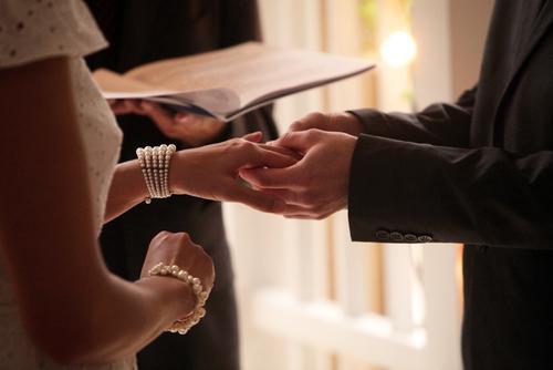 アラサーの5割が「結婚したくない」理由
