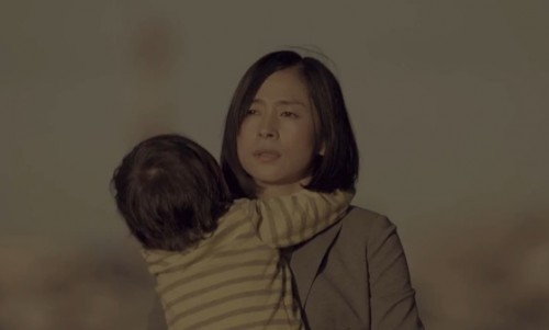 """感動を呼んだサイボウズ""""働くママ動画""""に賛否両論! 独身女性から「ますます子供を産みたくない」の声も"""
