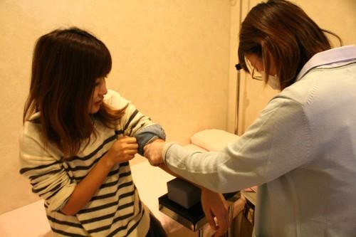 卵子の数を調べるAMH検査を受けてみた! 結果から学ぶ、妊娠を望む30代が気を付けるべきこと