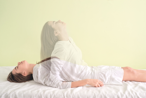 幽体離脱する女性が急増中?