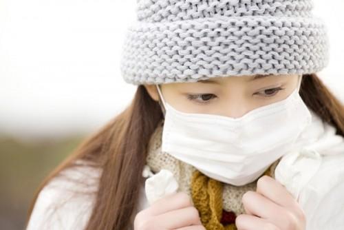 """2割の女性が""""ダテマスク""""だったことが判明! いまやマスクは花粉対策より「隠れモテアイテム」"""