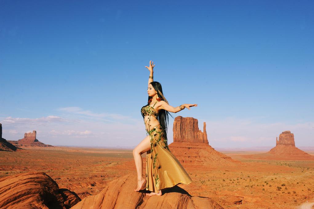 """ベリーダンスで「垂れない胸とおしり」が手に入る 日本屈指のダンサーが語る""""セクシーな自分""""の見つけ方"""