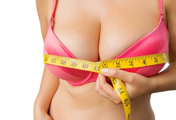 """激しい運動は胸が垂れる原因! 女医が教える""""ふっくら美胸""""をキープする方法"""