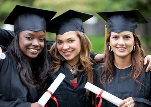 学業・仕事は女性の方が優秀との調査結果