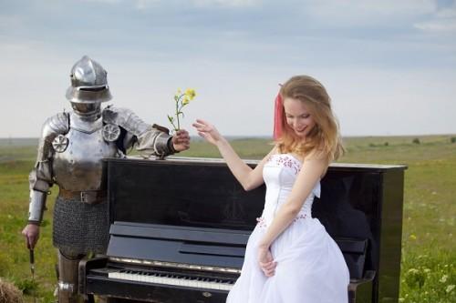 女性に優しすぎる「童貞騎士」とは?