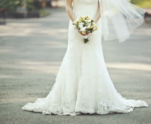 自分と結婚する「セルフ・ウェディング」
