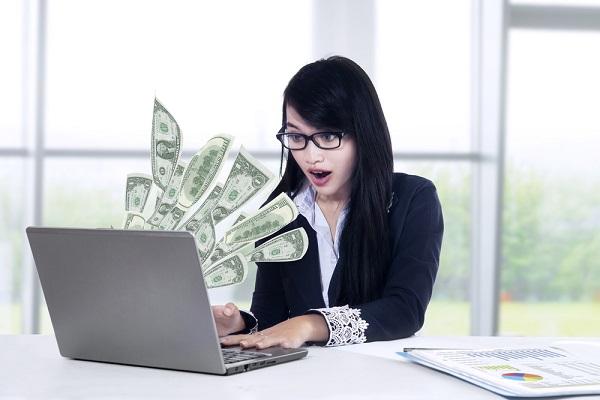 新卒女子の4割が「600万円以上稼ぎたい」 実際の年収256万円との差に表れた自立願望