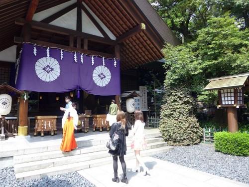 お参りで癒される「寺社ガール」のすすめ