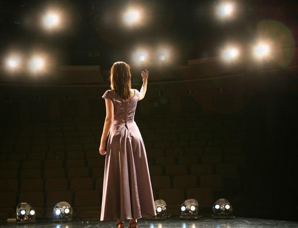 さっぱり芽が出なくても女優への夢を諦められない 32歳女性のお悩み相談 vol.6