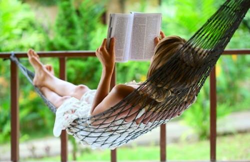 読者が脳や体に与える4つのメリット