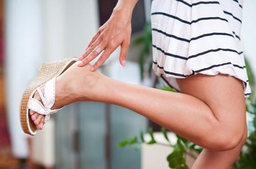 """""""女の足クサ""""は夏本番までに対策! ニオイ菌繁殖を抑える女子必見アイテムを試してみた"""