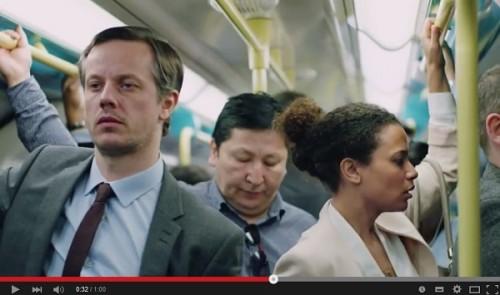ロンドン地下鉄の痴漢防止画像が話題