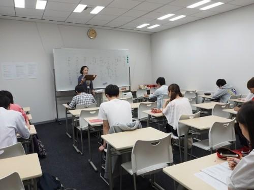 不登校生徒サポート校が見る教育環境の変化