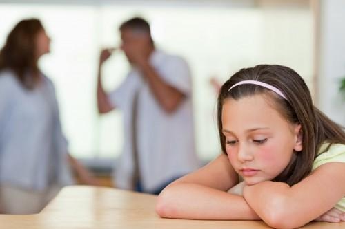 両親の離婚に翻弄される子どもたち