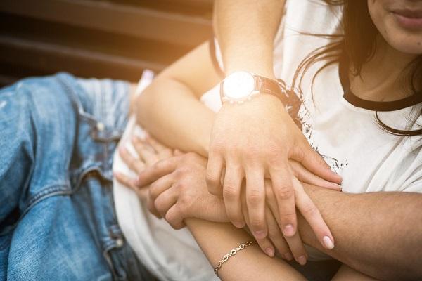 """「複数人との同時恋愛、理解できる」が半数以上 いま話題の""""ポリアモリー""""は新たな愛の形となるか?"""