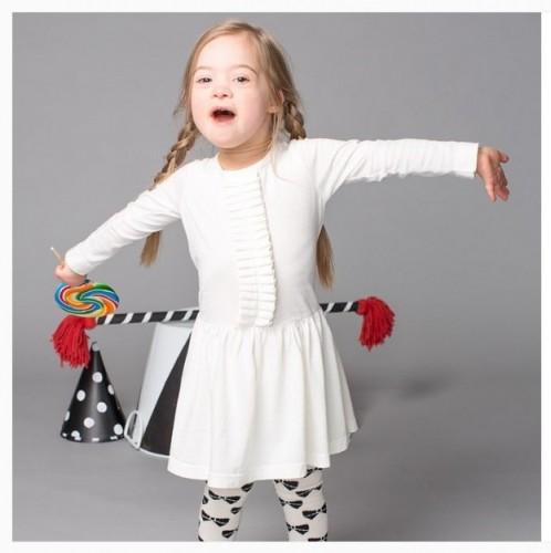 ダウン症の子どもが靴ブランドのモデルに 障害者とともに生きる社会を考えさせる2つの出来事