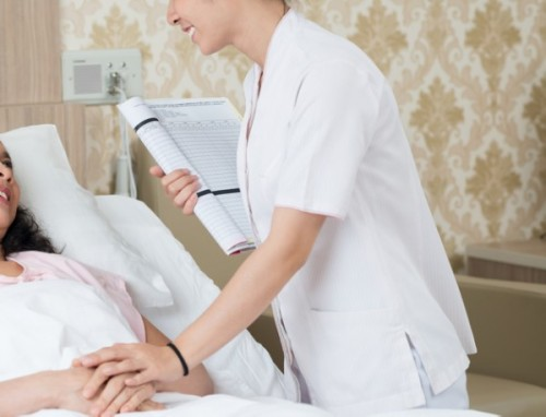 売り手市場で高収入「看護師」への転職とは