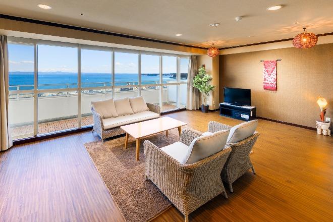 シンプルモダンな広い客室。リゾートをリーズナブルに満喫できます!