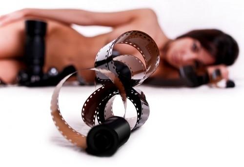 「彼氏に裸や性器を撮られたことがある」が3割 信頼している人ならアリ?