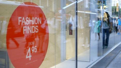 ファストファッションは悪か? 『VOGUE』元編集者らが服への思いを語る