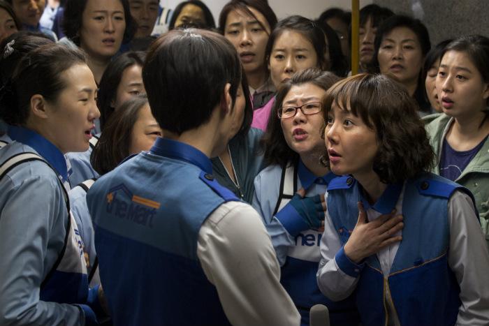 従業員は会社の部品でしかなかった 大量解雇に抗議した女性達の闘い