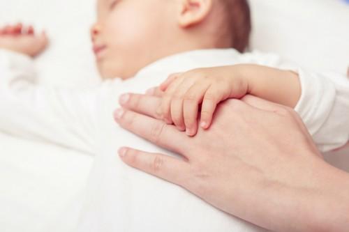 出生率向上の成果も 東京都北区の育児支援と、虐待を防ぐオレンジリボン運動