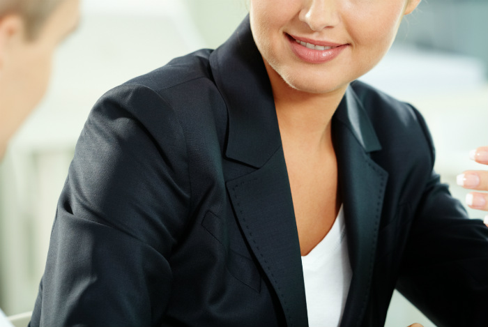 給料の話ばかりする同僚にうんざり 嫌な職場男性へのストレスフリーな対処法