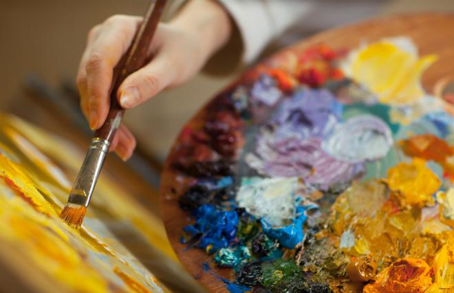 「芸術家はゲイやレズビアンが多い」は本当? 社会的抑圧と作品づくりの関係