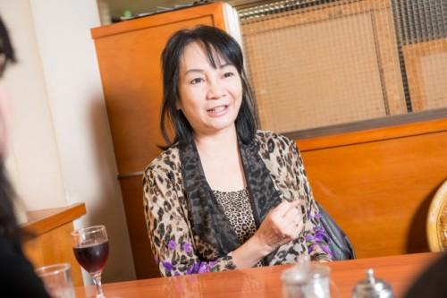 「相手が勝手に自滅していく」と岩井志麻子さん
