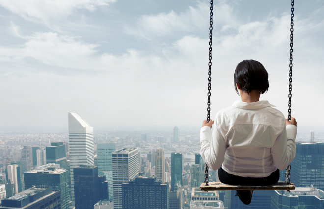 急に会社を辞めるのは迷惑? 働く現場の本音が写し出す、時代の特徴
