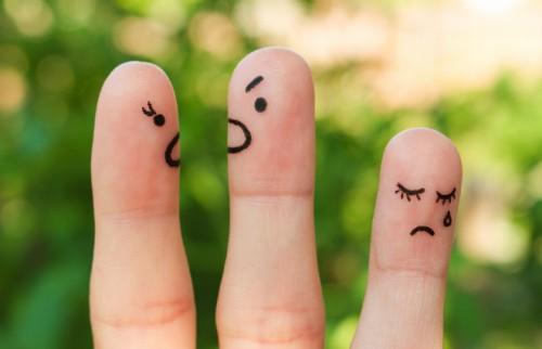 「嫌われてるかも」は自意識過剰 人に好かれたいと思ったら考えること