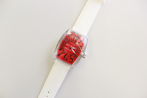 Girl Powerで販売する、男女兼用のオリジナル時計