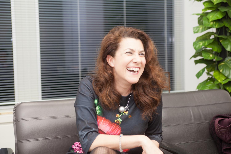 """【話題】日本人がセックスレスで恋愛下手なのは""""ロリコン文化""""と""""バーチャル文化""""のせい(笑) 仏ジャーナリストが指摘する日本の難点 [無断転載禁止]©2ch.net YouTube動画>2本 ->画像>38枚"""