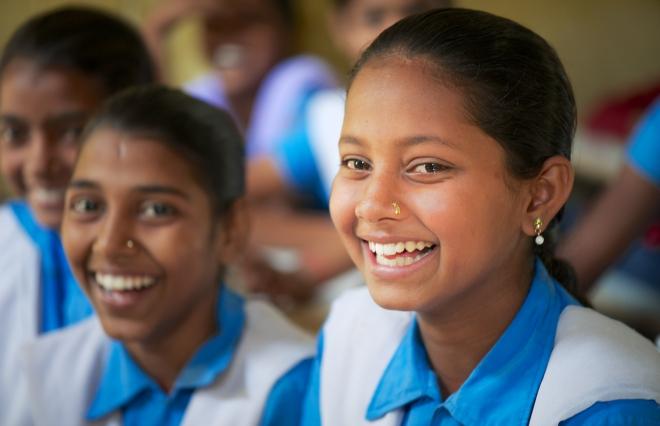 少女の早すぎる結婚をなくすため、女性も稼げる社会に―東アジア貧困層の希望の光