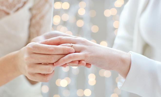 同性パートナーシップ証明書では、手術に同意できない その問題点と、東京都の対応