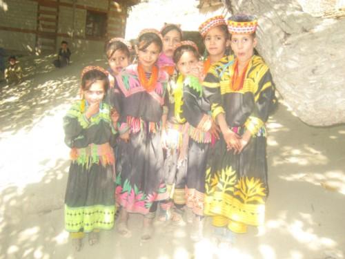 パキスタン、秘境の村の民族