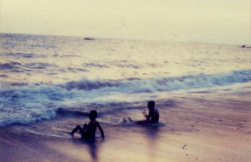 逗子の一式海岸をBarにして楽しむ大人女子の午後