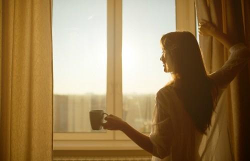 朝だよと得意げに伝えてくれる あなたが朝を作ったみたいに【ウートピ短歌結果発表】